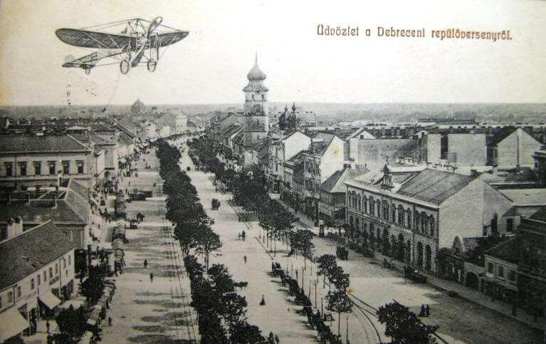 1918-as Debreceni repülőverseny (háttérben a Kistemplom)